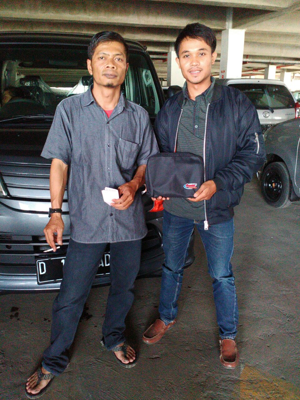 Sales Marketing Mobil Dealer Daihatsu Soreang Asep