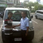 Foto Penyerahan Unit 14 Sales Marketing Mobil Dealer Daihatsu Madiun Mahmud