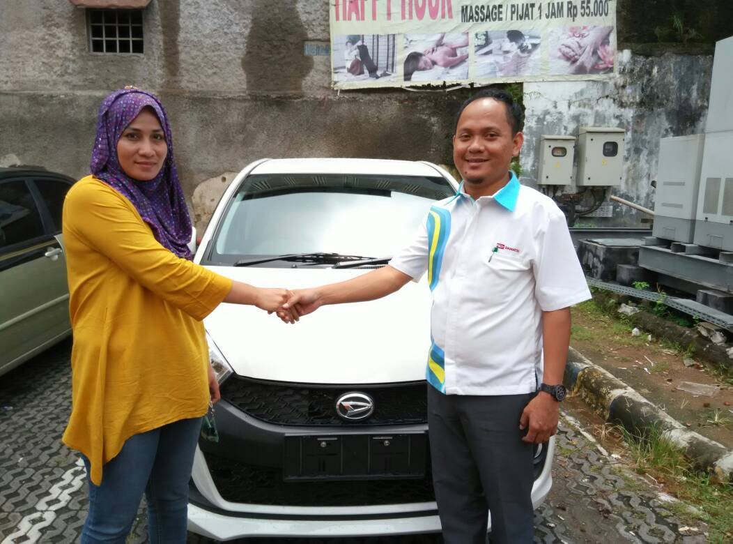 Sales Marketing Mobil Dealer Daihatsu Cilegon Adib