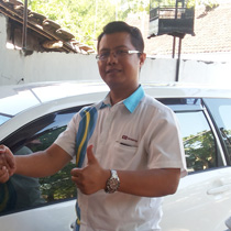 Sales Marketing Mobil Dealer Daihatsu Trenggalek Budi