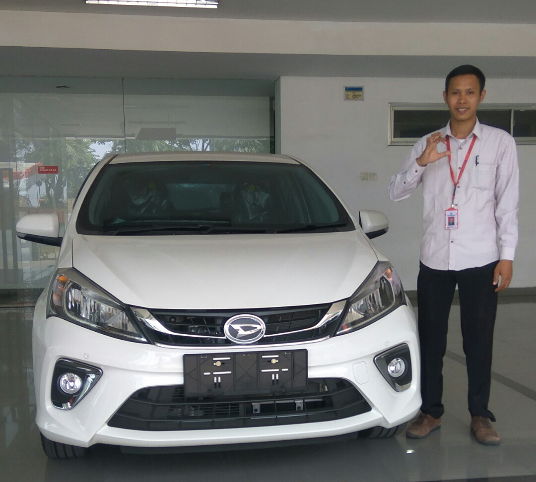 Sales Marketing Mobil Dealer Daihatsu Nilzar