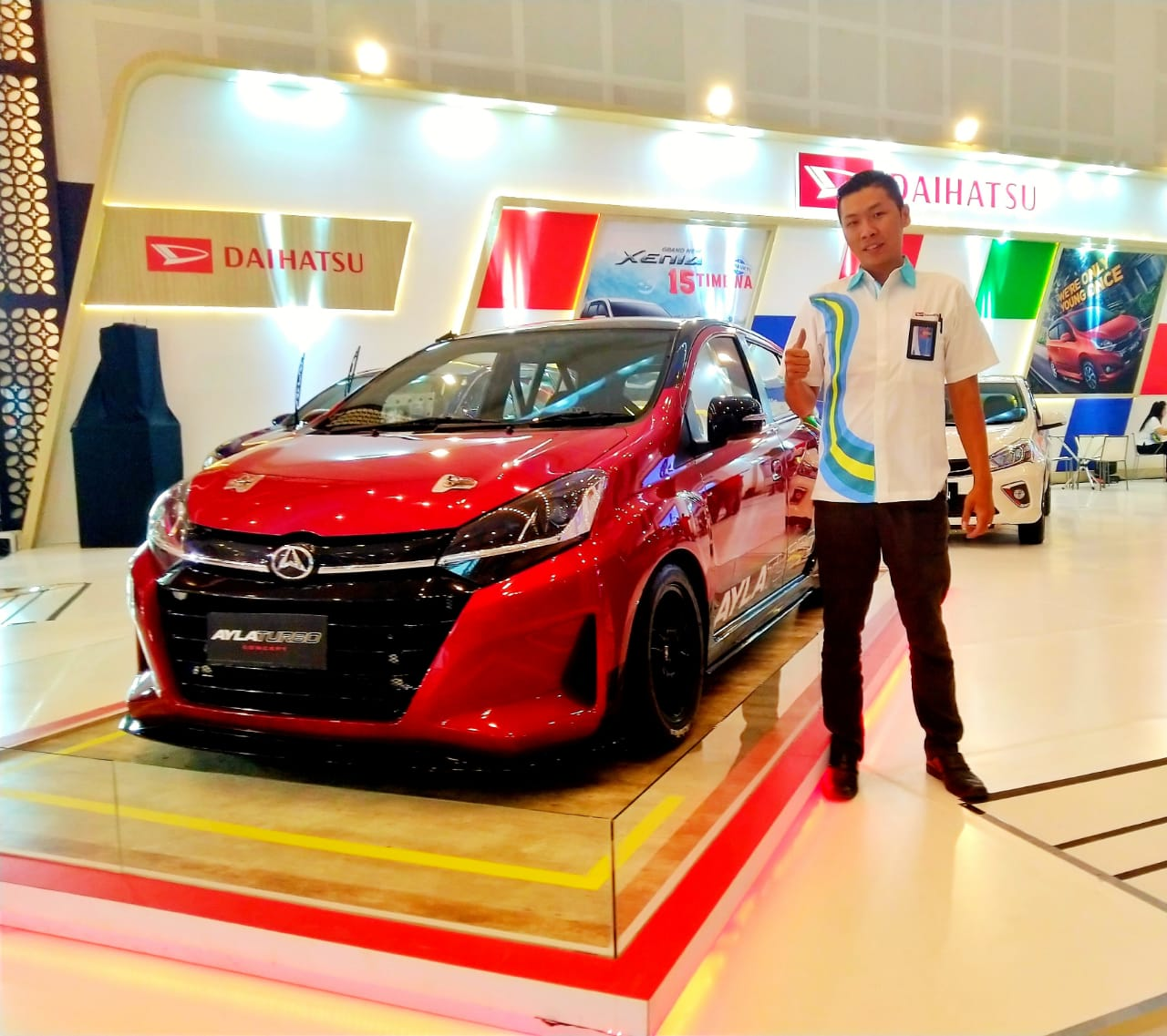 Sales Marketing Mobil Dealer Daihatsu Edwin